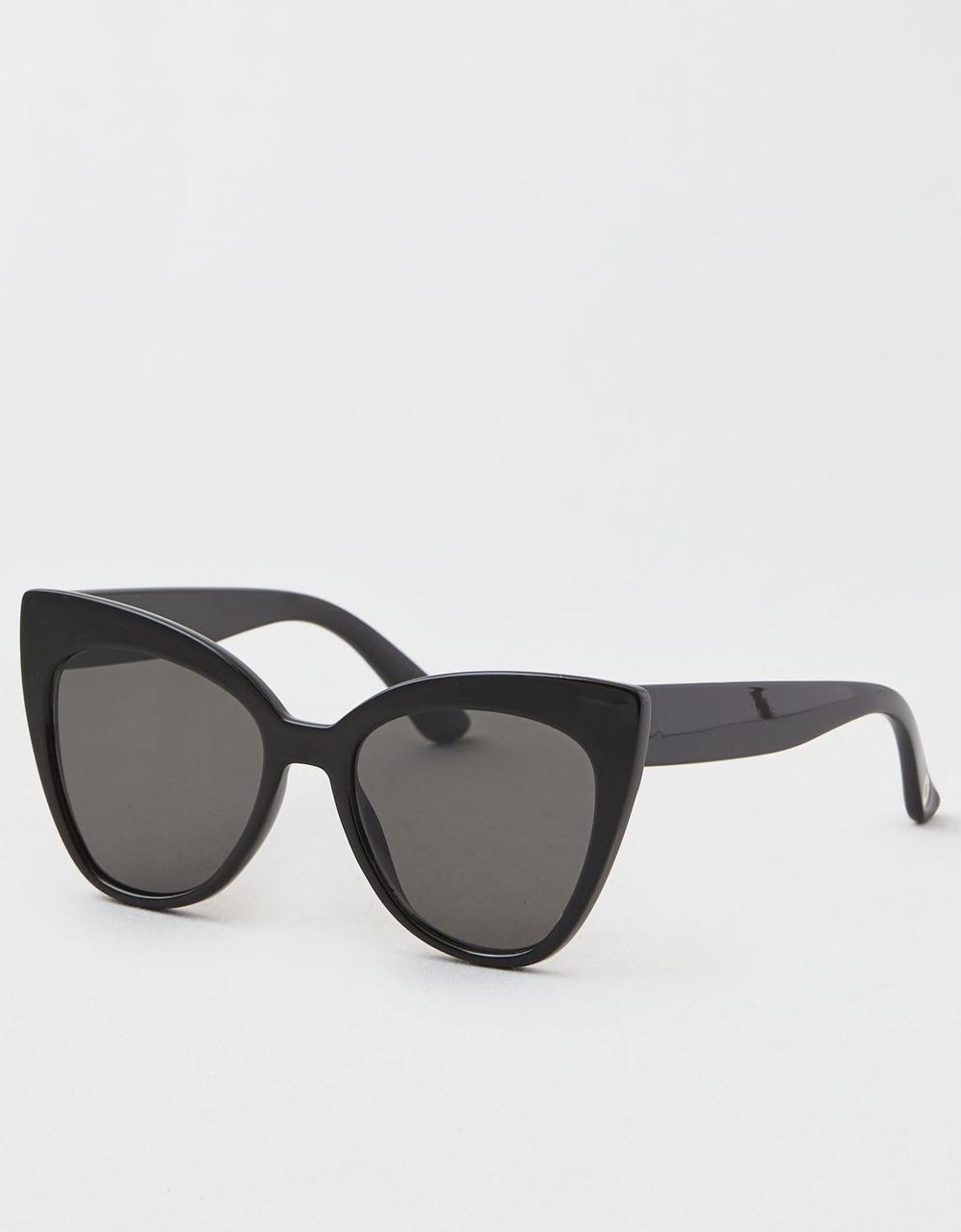7610ca3b1 BLACK OVERSIZED CAT EYE SUNGLASSES